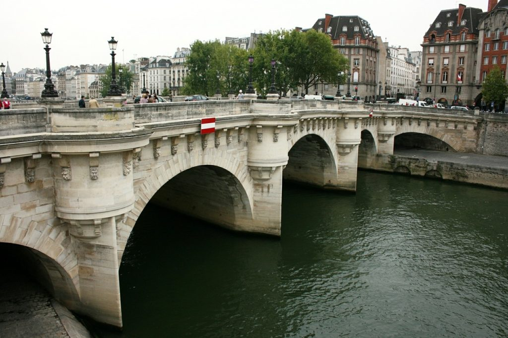 Pont Neuf_Tapsy Blog