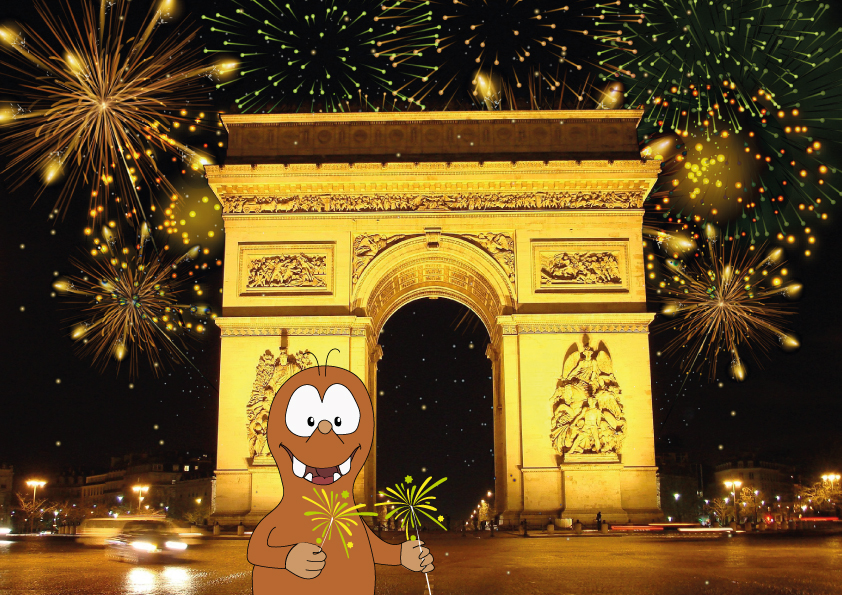 THE ARC DE TRIOMPHE with fireworks_Tapsy Tours for families with kids
