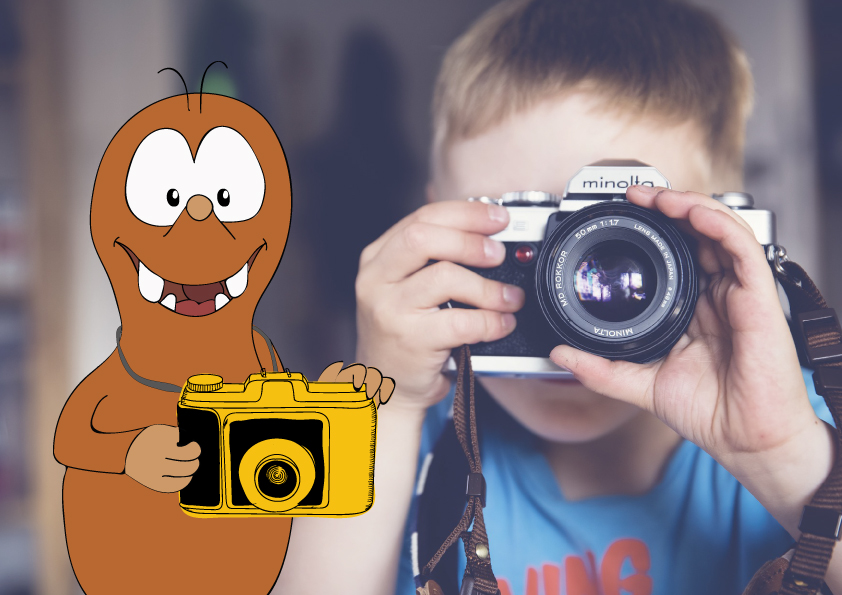 instant camera to travel with kids_Tapsy Blog
