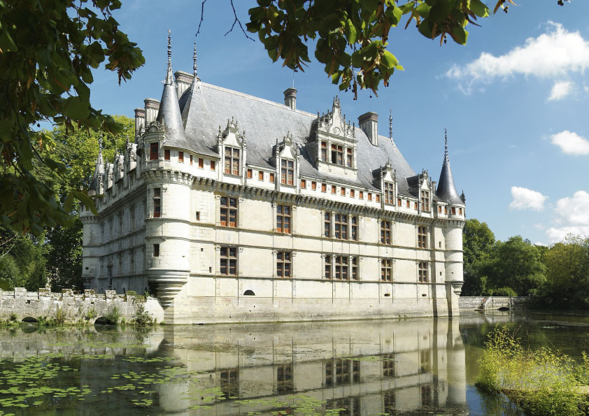 Family day trips from Paris_CHÂTEAU D'AZAY-LE-RIDEAU_Tapsy Blog