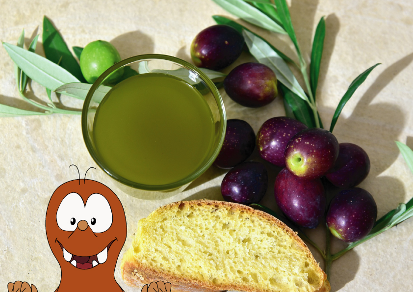Italian snacks_bread with olive oil_Tapsy Blog