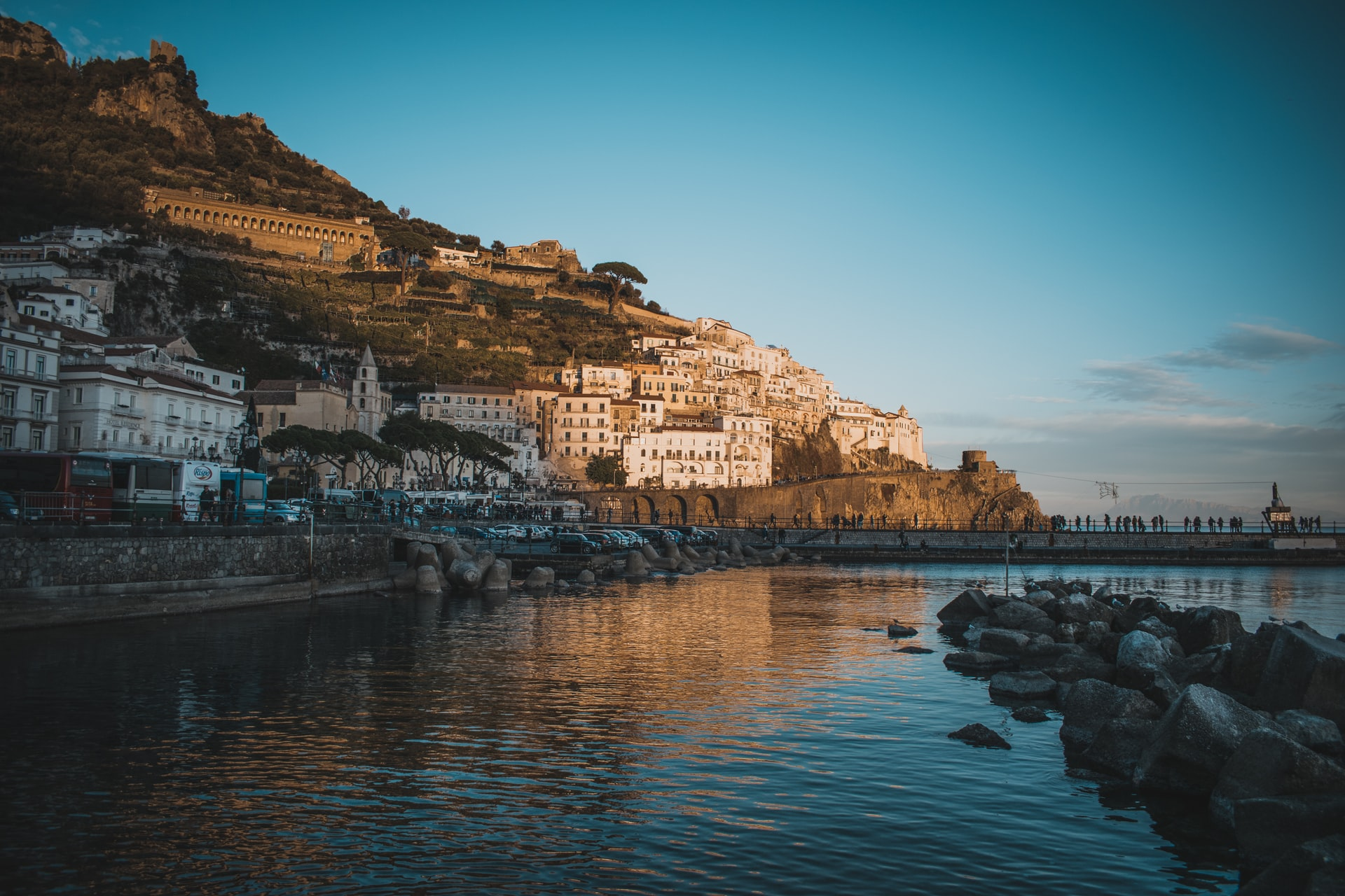 amalfi coast with kids